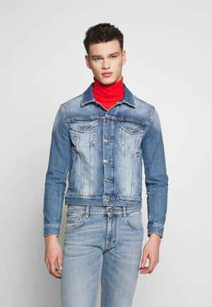 PETER BLAKE GIUBBOTTO - Veste en jean - indaco