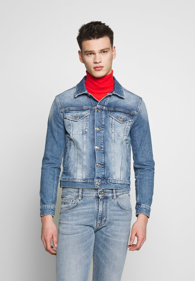 PETER BLAKE GIUBBOTTO - Denim jacket - indaco