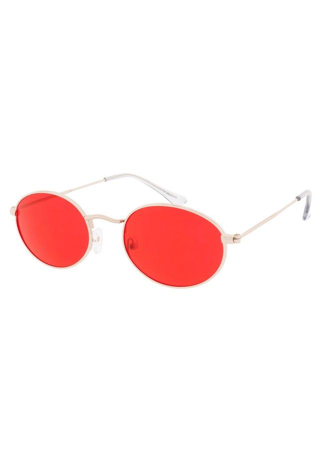 OLSEN - Okulary przeciwsłoneczne - gold/red