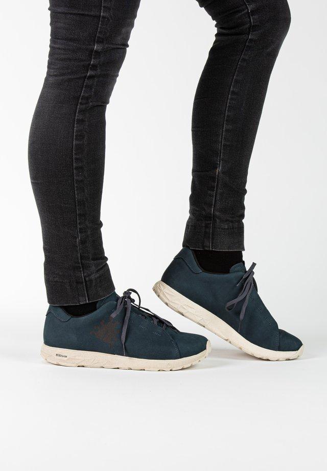 Sneakers laag - twilight