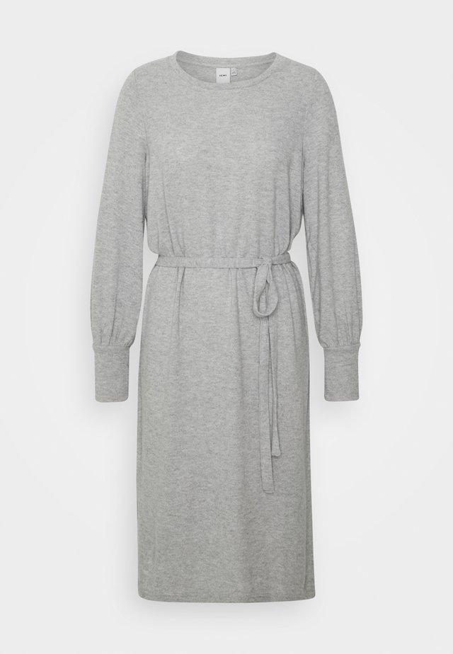 IHYOSE - Strikket kjole - grey melange