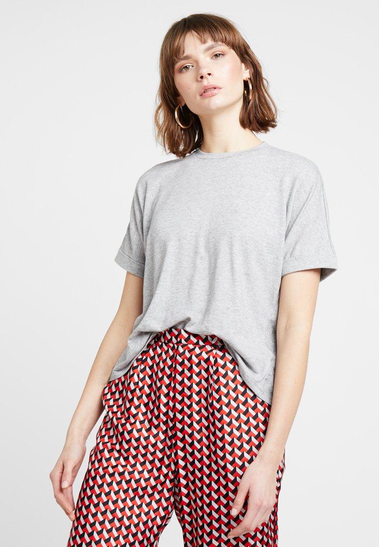 Iden - EMMELINE TEE - Basic T-shirt - grey melange