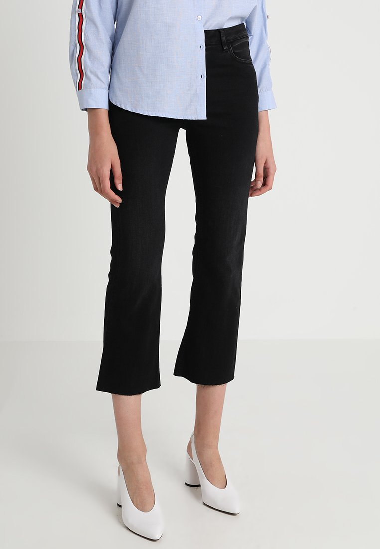 Iden - ADA KICK - Flared Jeans - black