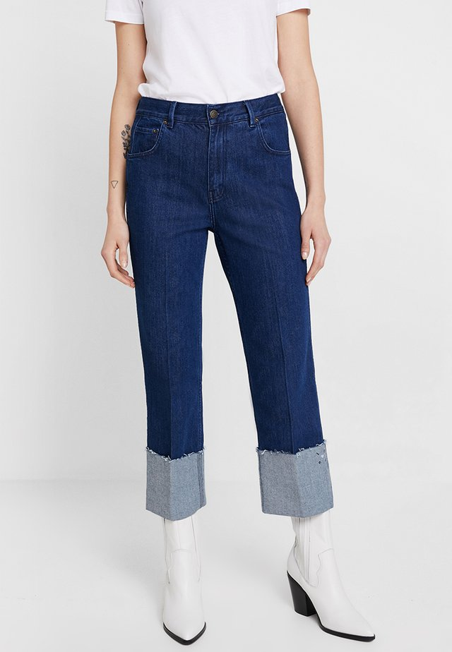 SYLVIA RELAXED MAXI TURN UP - Straight leg jeans - rinse