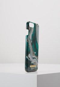 iDeal of Sweden - FASHION CASE MARBLE - Phone case - goldjade - 4