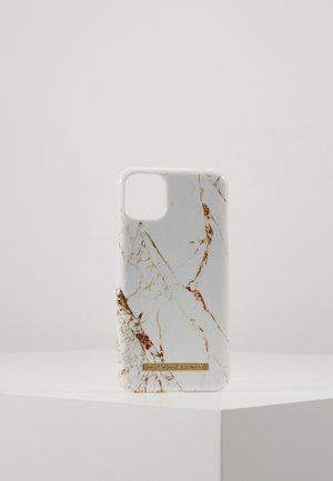 FASHION CASE IPHONE 11 - Mobiltasker - carrara/gold-coloured