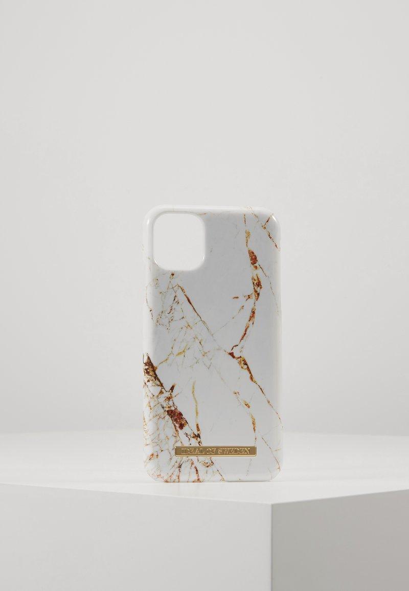 iDeal of Sweden - FASHION CASE IPHONE 11 - Phone case - carrara/gold-coloured