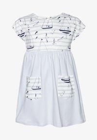 igi natur - CORE SAILOR POCKET DRESS - Žerzejové šaty - light blue - 0
