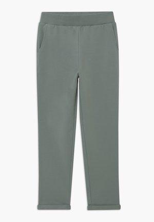 Teplákové kalhoty - lead