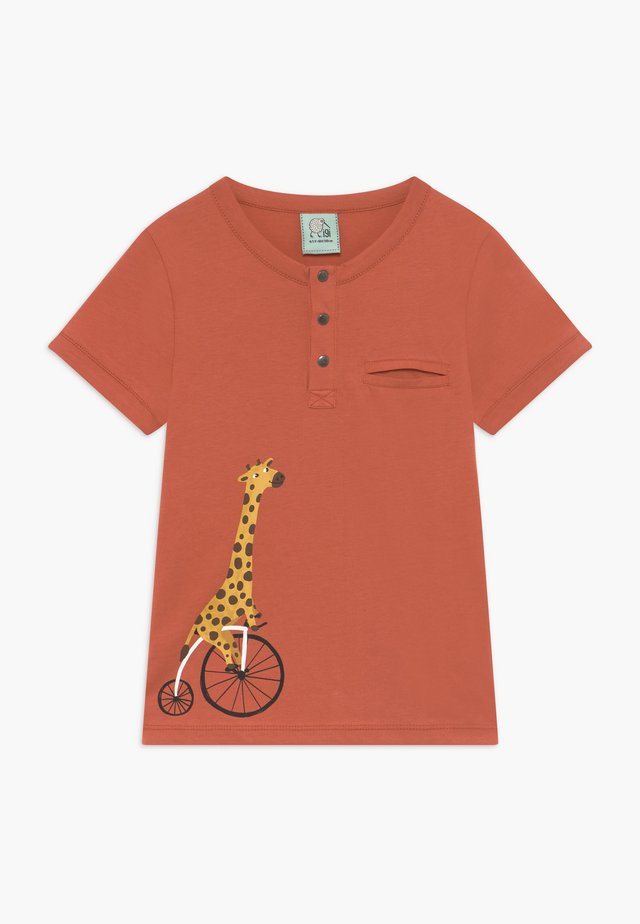 CORE BICYCLE RACE GIRAFFE TEE - T-shirts print - red