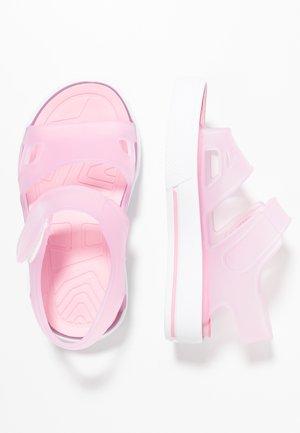 MALIBU - Sandály do bazénu - pink