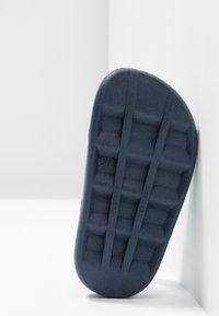 IGOR - BABY BALLENA - Sandály do bazénu - navy - 5