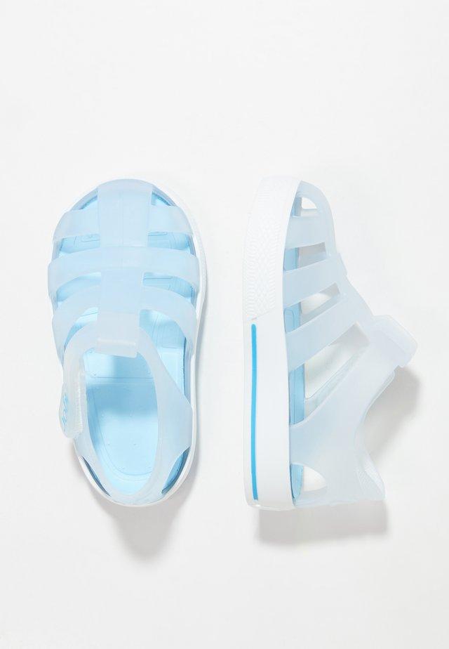STAR - Sandály do bazénu - white/blue