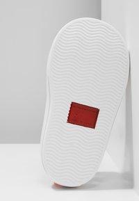 IGOR - STAR - Sandály do bazénu - red - 5