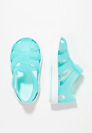 STAR - Sandály do bazénu - mint
