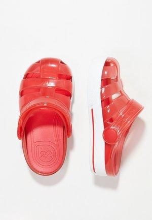SPORT - Sandály do bazénu - red