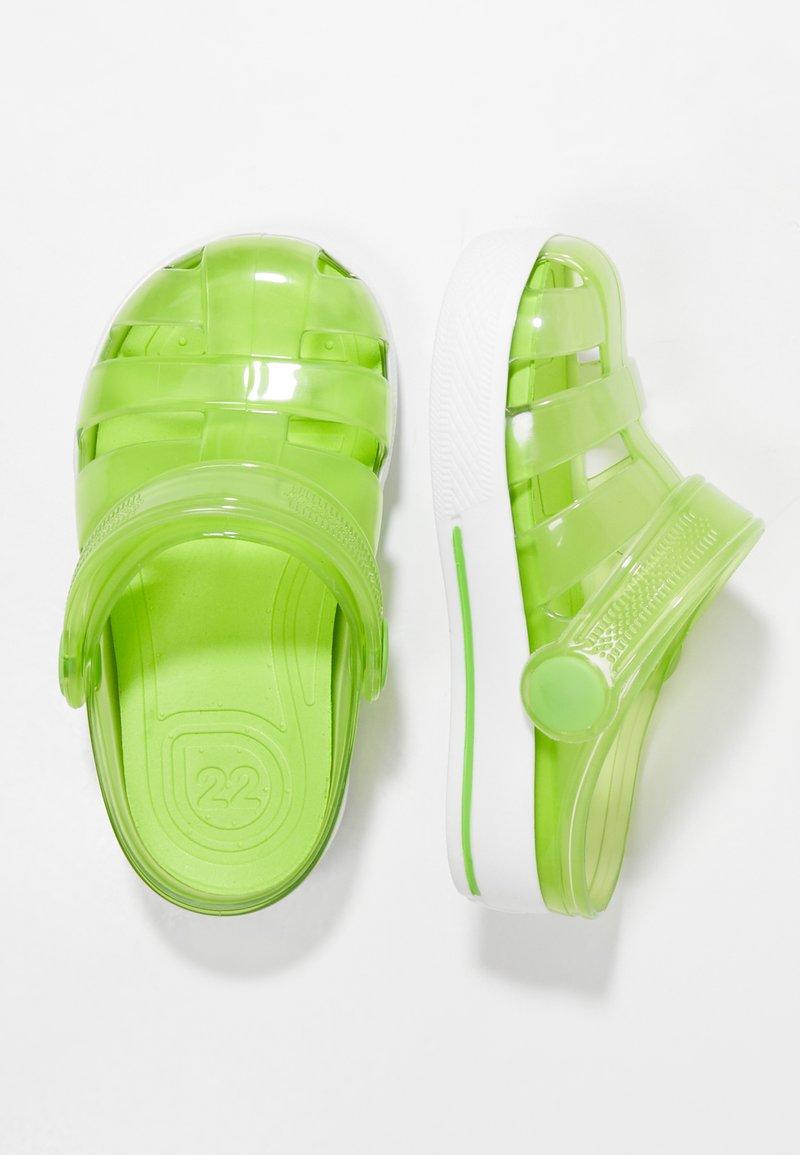 IGOR - SPORT - Sandály do bazénu - green