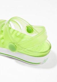 IGOR - SPORT - Sandály do bazénu - green - 6