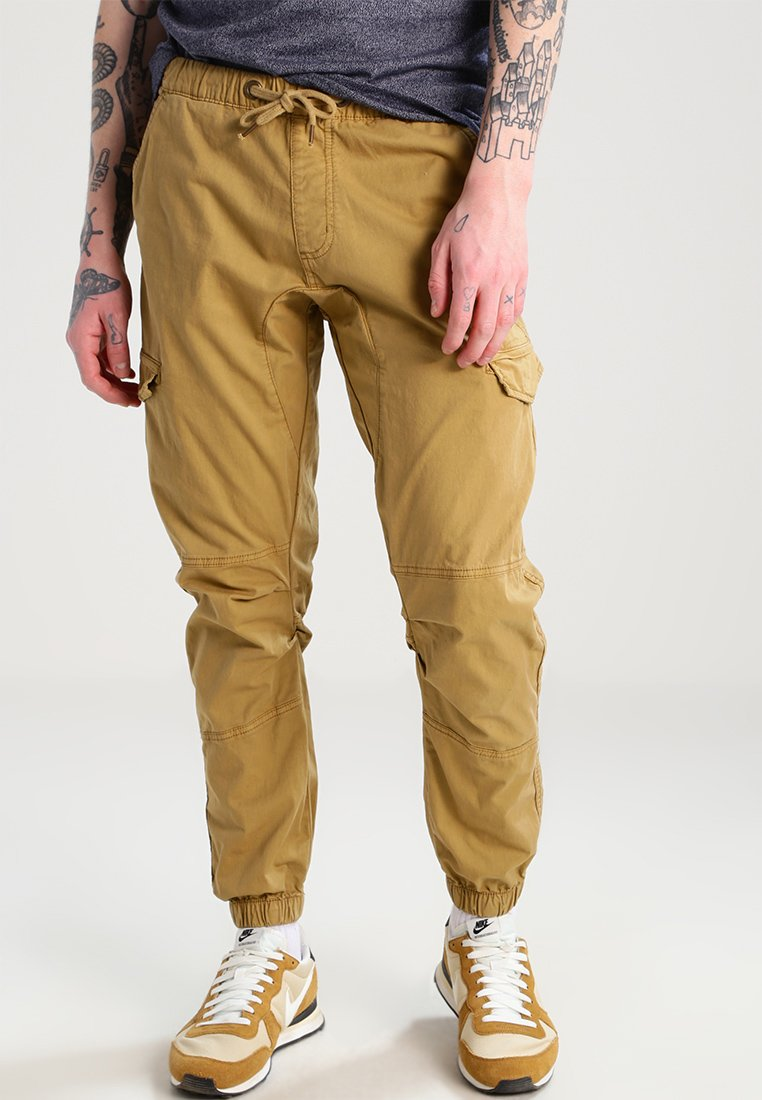 INDICODE JEANS - LEVI - Cargo trousers - amber