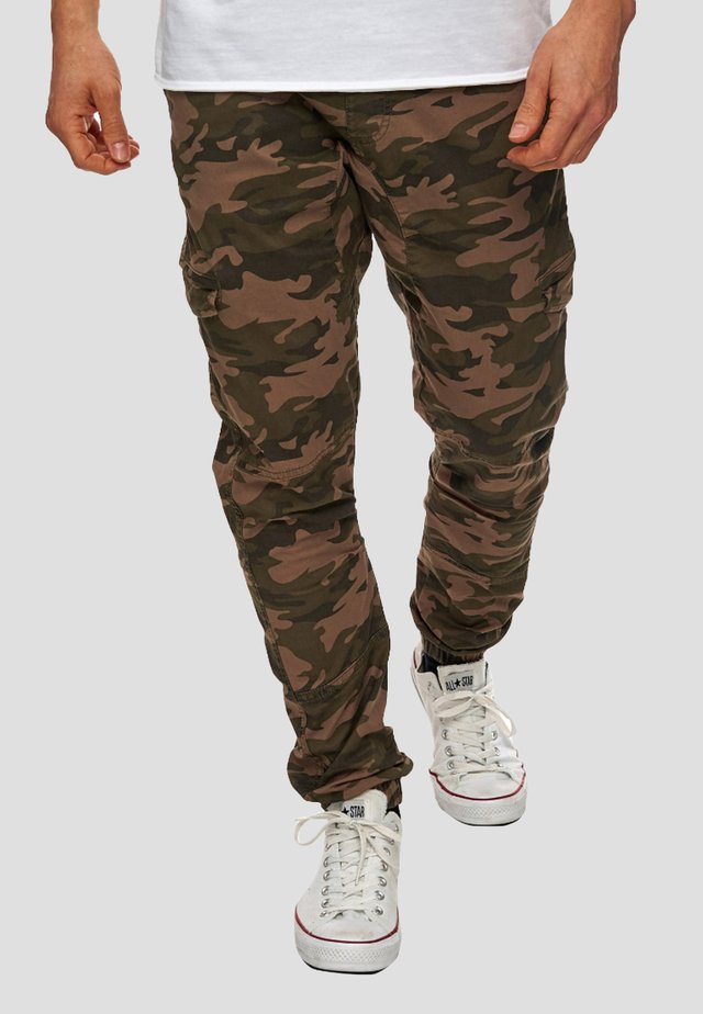 LEVI - Cargo trousers - dark green