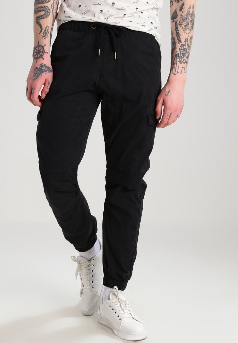 INDICODE JEANS - LEVI - Cargo trousers - black