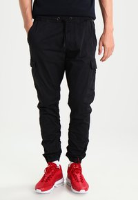 INDICODE JEANS - LAKELAND - Cargo trousers - black - 0