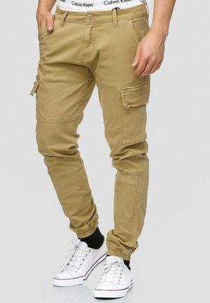 AUGUST - Pantalon cargo - light brown