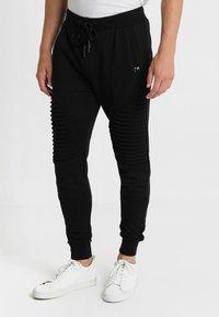 INDICODE JEANS - CRISTOBAL - Teplákové kalhoty - black - 0