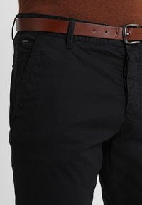 INDICODE JEANS - NELSON - Chinos - black - 3