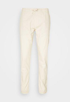 VIBORG - Pantalones - fog