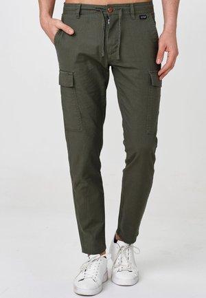 CAGLE - Pantalon cargo - army