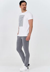 INDICODE JEANS - AKKAD - Chinos - lt grey mix - 1