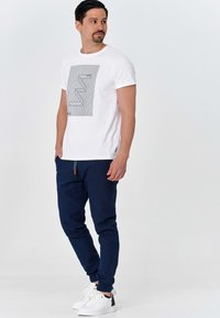 INDICODE JEANS - Trousers - navy - 1