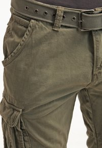 INDICODE JEANS - MONROE - Shorts - army - 4