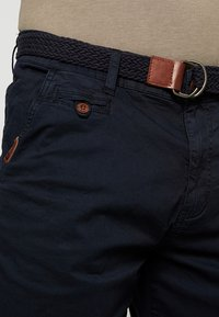 INDICODE JEANS - CONER - Shorts - navy - 3