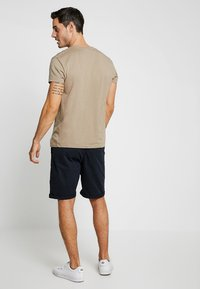 INDICODE JEANS - CONER - Shorts - navy - 2