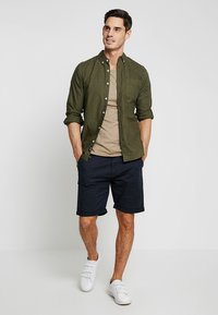 INDICODE JEANS - CONER - Shorts - navy - 1