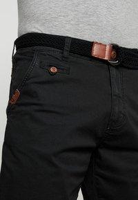 INDICODE JEANS - CONER - Shorts - black - 3