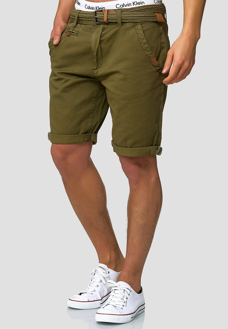 INDICODE JEANS - CASUAL FIT - Short - grün army