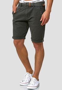 INDICODE JEANS - CASUAL FIT - Shorts - raven - 0
