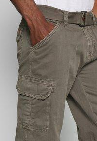 INDICODE JEANS - NICOLAS - Shorts - grey - 3