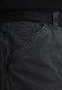 INDICODE JEANS - NICOLAS - Shorts - black - 3