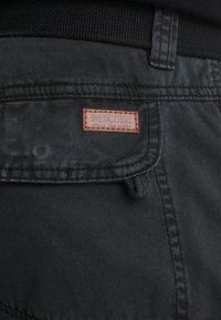 INDICODE JEANS - NICOLAS - Shorts - black - 6