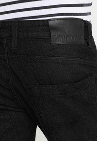 INDICODE JEANS - KADEN - Szorty jeansowe - black - 5