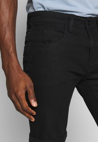INDICODE JEANS - KADEN - Denim shorts - ultra black - 5