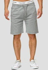 INDICODE JEANS - KELOWNA - Shorts - grey - 0