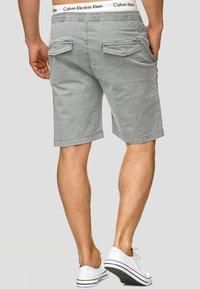 INDICODE JEANS - KELOWNA - Shorts - grey - 2