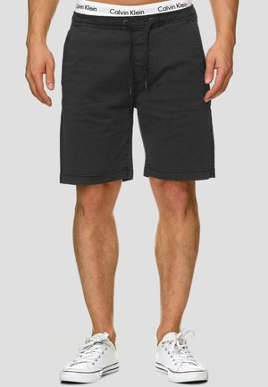 KELOWNA - Shorts - black