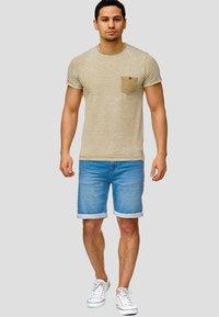 INDICODE JEANS - LONAR - Denim shorts - blue wash - 1
