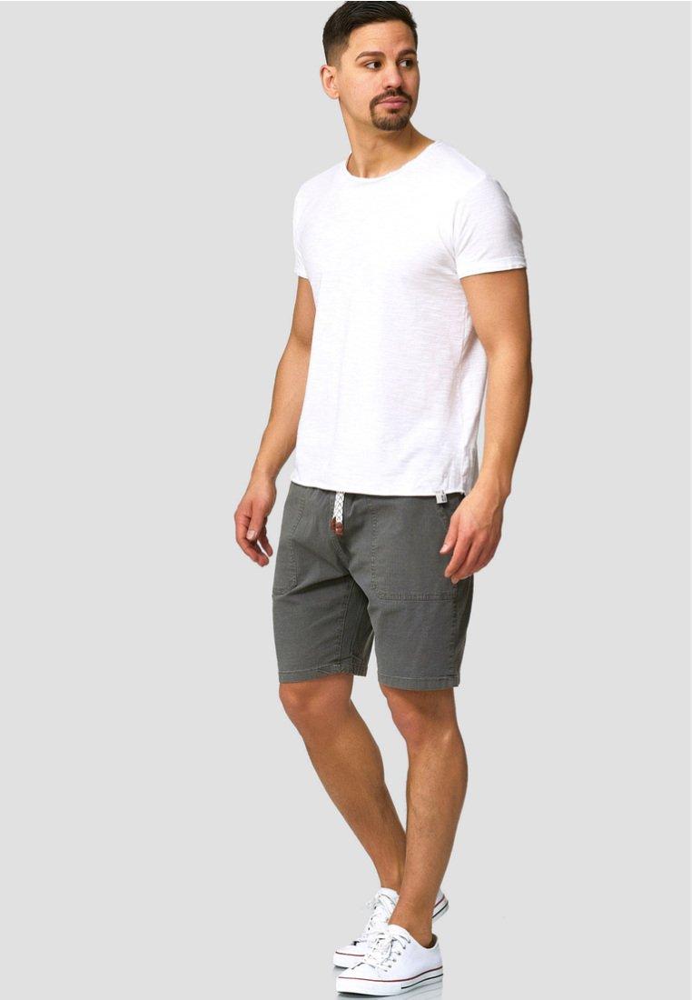 INDICODE JEANS Shorts - dark grey